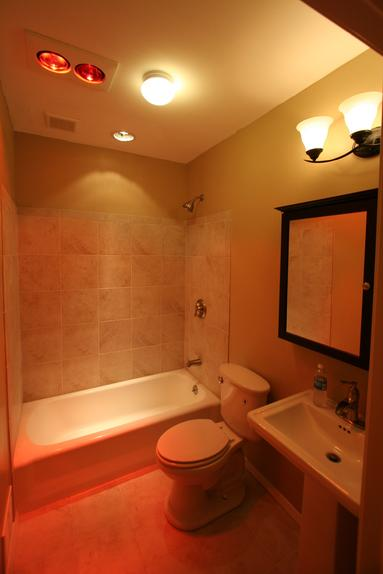 SPA LIKE BATHROOM WITH HEAT LAMPS