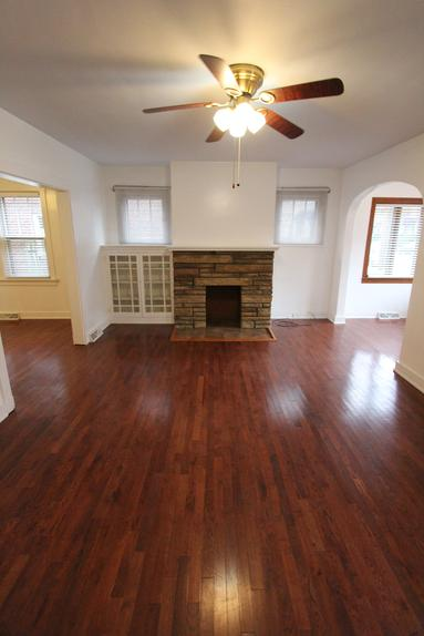 PITTSBURGH NORTH SHORE 3 BEDROOM APARTMENT FOR RENT  PITTSBURGH PA