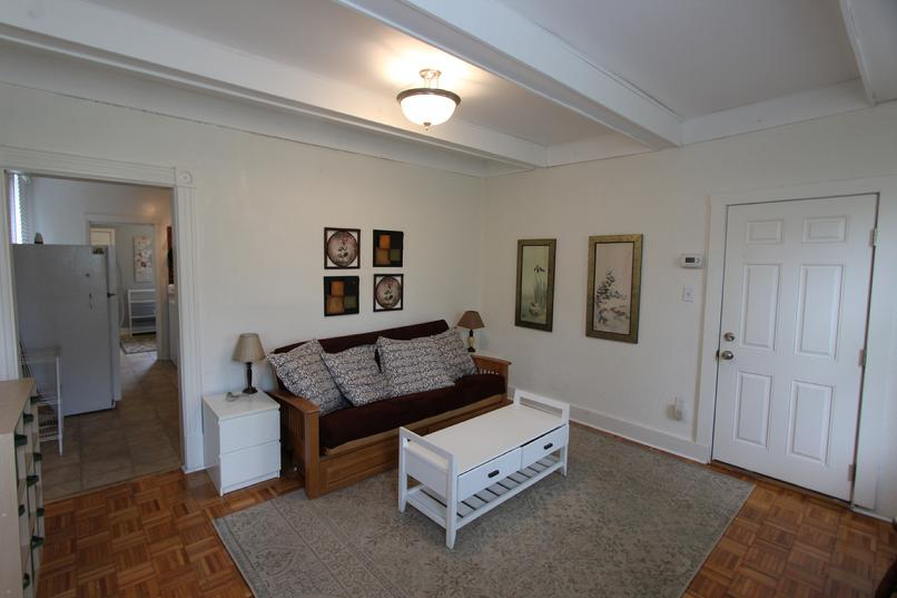 LUXURY FURNISHED SHORT TERM HOUSING NEAR DOWNTOWN PITTSBURGH PA