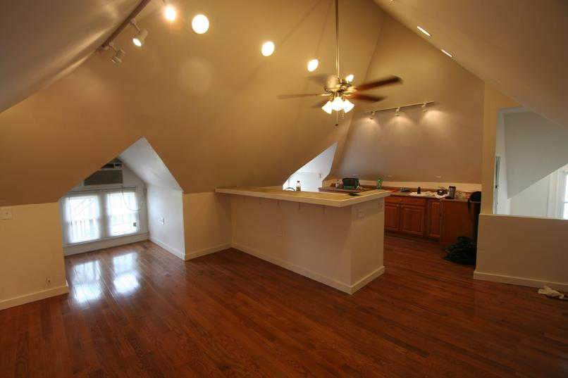 STUDIO APARTMENT FOR RENT SHADYSIDE PA NEAR CMU AND WALNUT STREET