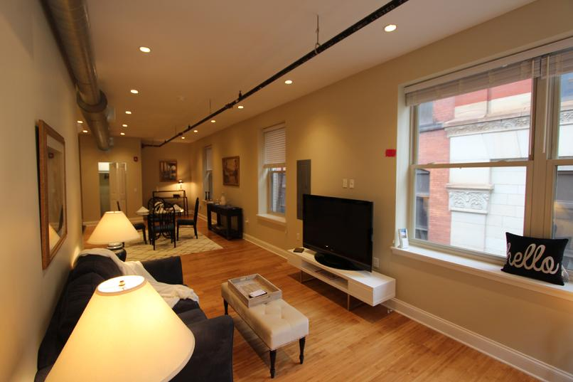 LUXURY 2 BEDROOM APARTMENT DOWNTOWN PITTSBURGH