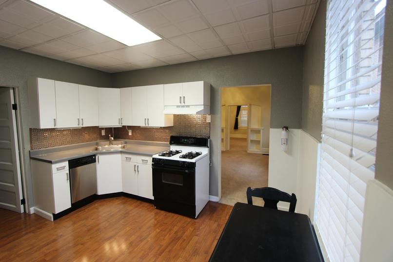 1 BEDROOM APARTMENT FOR RENT NORTH SHORE PITTSBURGH PA
