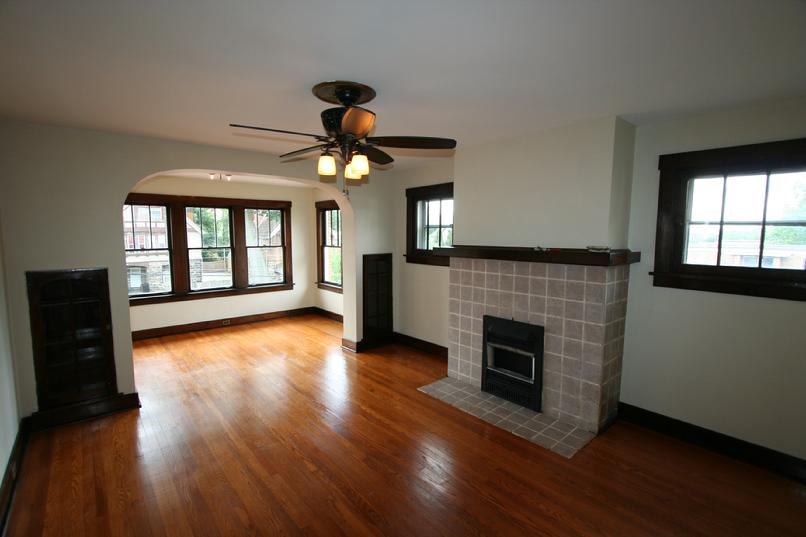 LUXURY 2 BEDROOM APARTMENT MINUTES FROM DOWNTOWN PITTSBURGH - NO TUNNELS