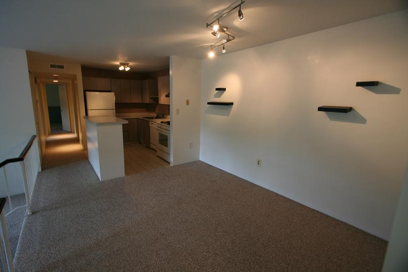 2 BEDROOM CONDO FOR RENT ROBINSON TWP - PITTSBURGH, PA