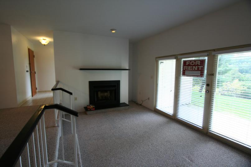 2 BEDROOM CONDO FOR RENT ROBINSON TWP PA